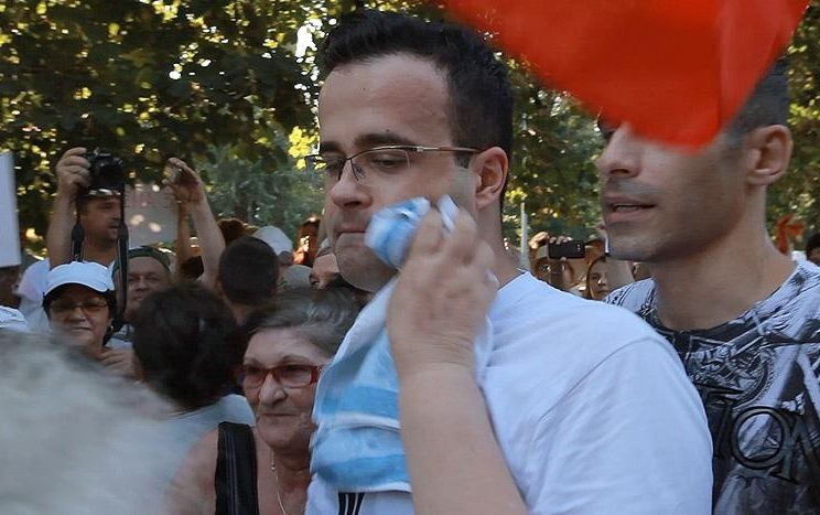 Ai vrea să ai un vecin țigan/gay/fan Antena 3? 9
