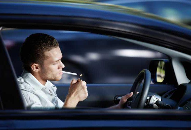 Șoferule, scruma-ți-ai în mașină 2