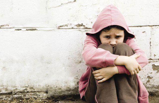 Când femei distruse dresează copii 12