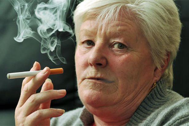 """""""Egstraordinar bă, acum că nu se mai fumează o duce țara mai bine?"""" 8"""