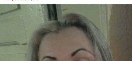Arta neo-modernista pe Facebook prin ochii unei femei pensate cu bidineaua.