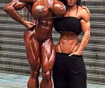 femei cu mușchi