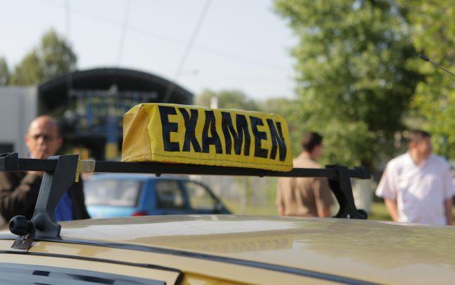 Guvernul propune o lege prin care doar absolventii a 10 clase sa poata lua carnetul auto