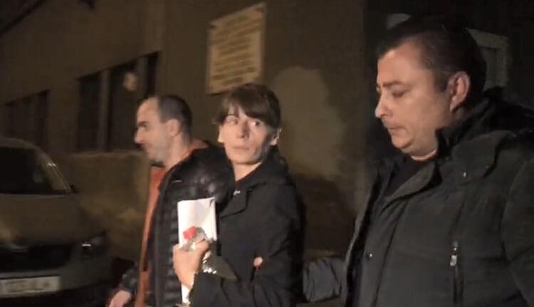 """""""Criminala de la metrou, votantă PSD, avea un tatuaj cu Dragnea pe fese"""" 1"""