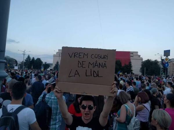 Proteste la mișto? Politicieni la mișto 16