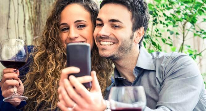10 poze pe care să le pui pe net ca să arăți că ai o relație fericită 2